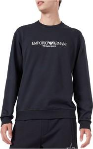 Niebieska bluza Emporio Armani w młodzieżowym stylu