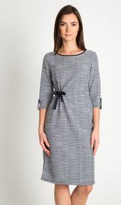 Sukienka QUIOSQUE z długim rękawem w stylu casual