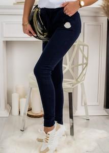Granatowe spodnie sportowe Fason