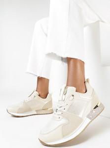 Buty sportowe born2be w sportowym stylu sznurowane