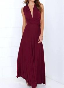 Czerwona sukienka Arilook z dekoltem w kształcie litery v