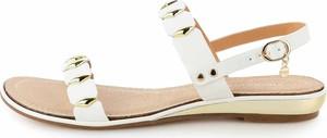 Sandały Prima Moda z klamrami w stylu casual
