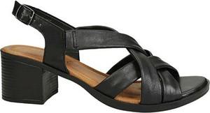 Czarne sandały Lasocki na obcasie
