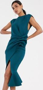 Zielona sukienka Asos z dekoltem w łódkę bez rękawów