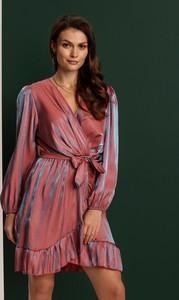 Sukienka Renee mini z dekoltem w kształcie litery v kopertowa