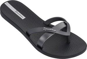 Czarne klapki Ipanema