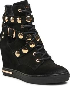 Czarne buty sportowe Carinii na koturnie z zamszu sznurowane