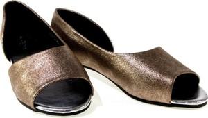 Sandały Esclusivo.pl ze skóry ekologicznej w stylu casual