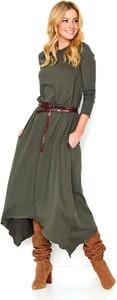 Sukienka Makadamia z dresówki asymetryczna z okrągłym dekoltem