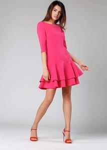 Różowa sukienka Nommo z okrągłym dekoltem mini z długim rękawem