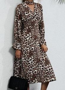 Brązowa sukienka Cikelly z długim rękawem