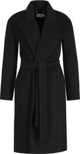 Czarny płaszcz Patrizia Pepe w stylu casual