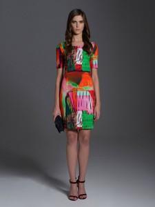 Sukienka L'AF w stylu casual z tkaniny z okrągłym dekoltem