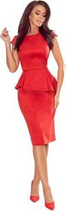 Czerwona sukienka NUMOCO midi z okrągłym dekoltem