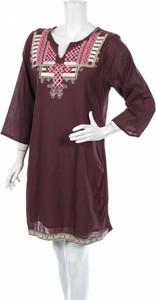 Fioletowa sukienka Sigris Moda z dekoltem w kształcie litery v