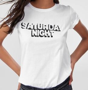 T-shirt Trendyol z okrągłym dekoltem z krótkim rękawem w młodzieżowym stylu