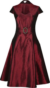 Sukienka Fokus z dekoltem w kształcie litery v z krótkim rękawem rozkloszowana