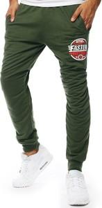 Zielone spodnie sportowe Dstreet