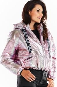 Różowa kurtka Awama