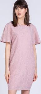 Różowa sukienka Monnari mini z okrągłym dekoltem