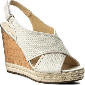 Sandały Geox z klamrami z tkaniny