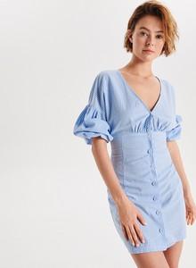 Niebieska sukienka Cropp w stylu casual