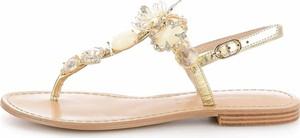 Sandały Prima Moda z klamrami z płaską podeszwą w młodzieżowym stylu