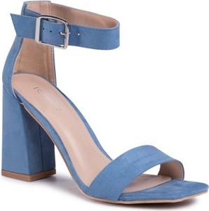 Niebieskie sandały DeeZee