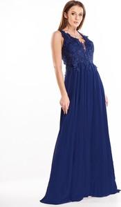 Sukienka N/A rozkloszowana z dekoltem w kształcie litery v z tiulu