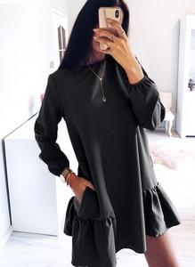 Sukienka Pakuten z długim rękawem oversize w stylu casual