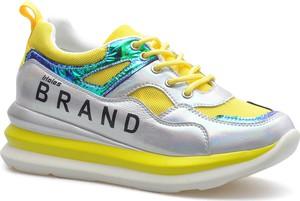 Buty sportowe T.sokolski ze skóry na platformie sznurowane