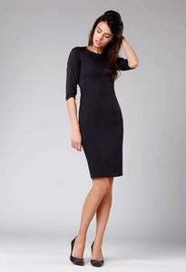 Czarna sukienka Nommo z okrągłym dekoltem midi z długim rękawem