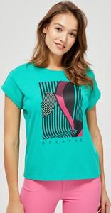 Zielony t-shirt Moodo z okrągłym dekoltem z krótkim rękawem