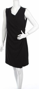 Czarna sukienka BETTY & CO prosta bez rękawów