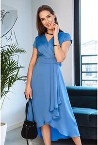 Niebieska sukienka Semper z krótkim rękawem asymetryczna