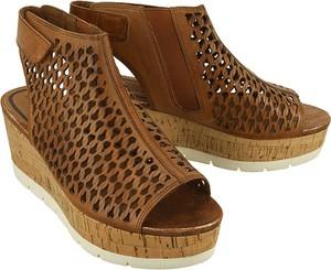 Brązowe sandały Tamaris