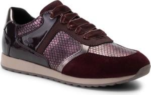Czerwone buty sportowe Geox z płaską podeszwą ze skóry ekologicznej sznurowane