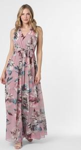 Różowa sukienka Marie Lund z dekoltem w kształcie litery v
