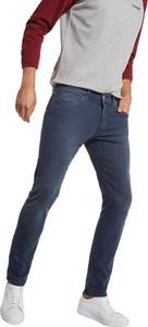 Niebieskie jeansy Wrangler z bawełny