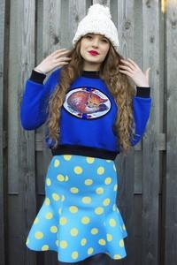 Niebieska spódnica MissSpark z neoprenu