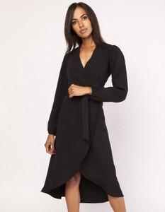 Czarna sukienka Lanti asymetryczna z dekoltem w kształcie litery v