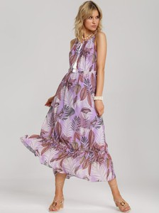 Fioletowa sukienka Renee w stylu casual rozkloszowana