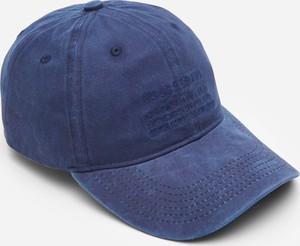 Granatowa czapka House