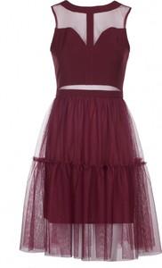 Sukienka VISSAVI z okrągłym dekoltem mini bez rękawów