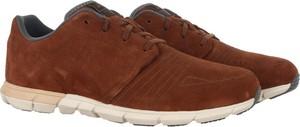 Buty sportowe ASICS ze skóry w sportowym stylu sznurowane