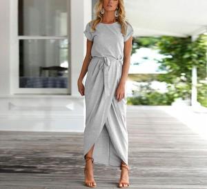 Sukienka Venilla Boutique maxi z okrągłym dekoltem w stylu casual