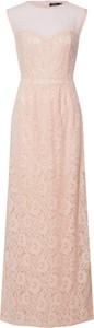 Różowa sukienka BooHoo z okrągłym dekoltem maxi