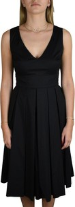 Czarna sukienka Prada midi na ramiączkach