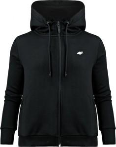 Czarna bluza 4F w sportowym stylu