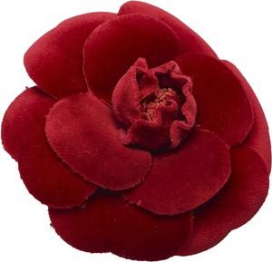 Chanel Camellia welurowa Broszka
